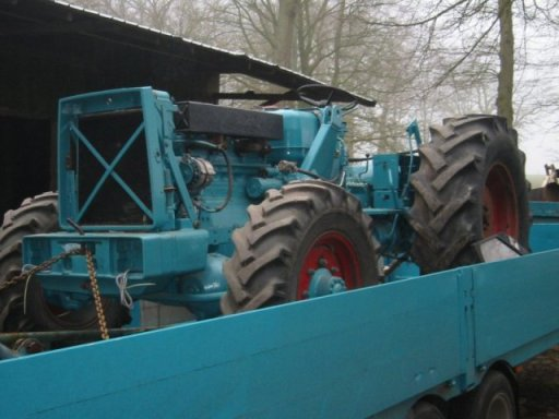 VORGLUEH-IG Engelschoff. Alles ueber Hanomag Traktoren
